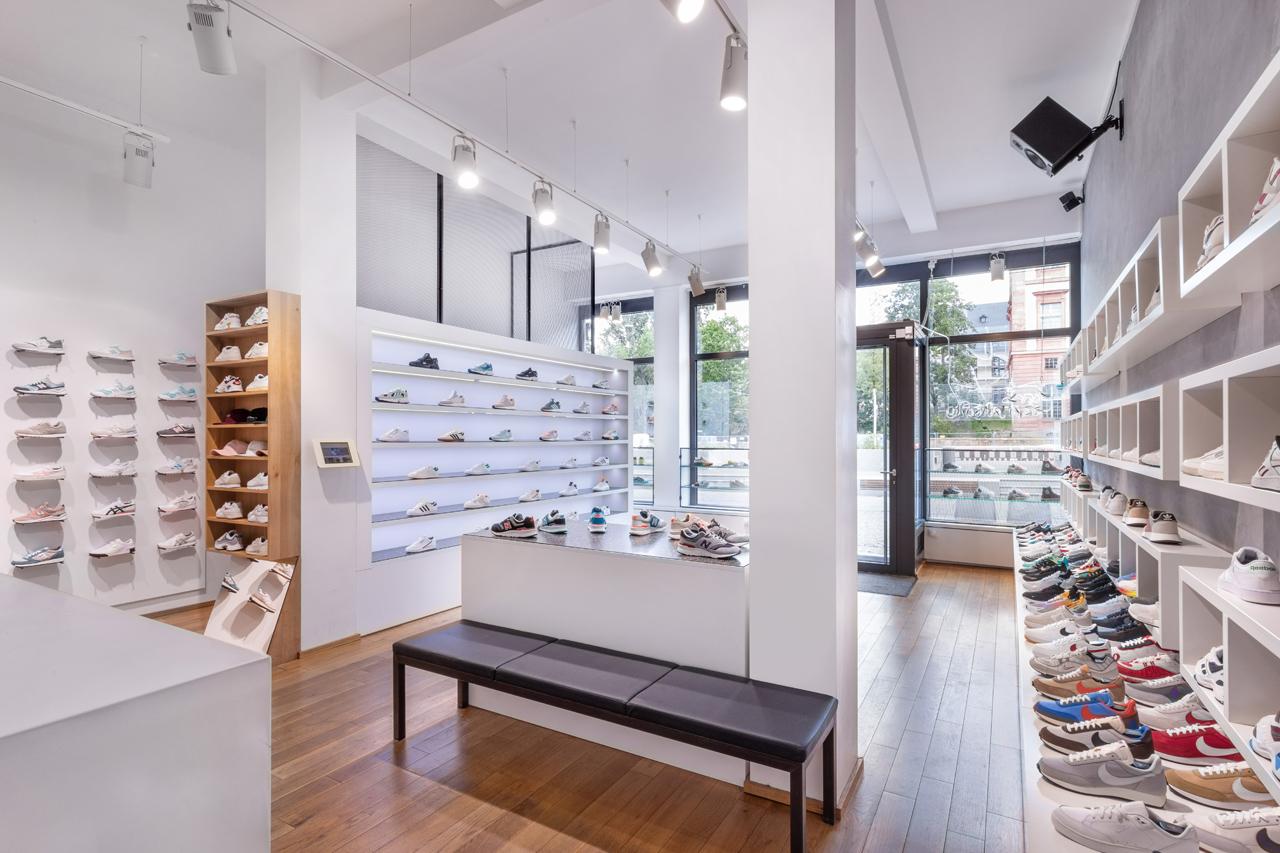 asphaltgold -sneakerstore-content-2-pic-1 EN