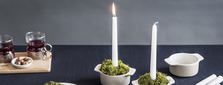 Itsenäisyyspäivänä ikkunassa loistaa kaksi kynttilää