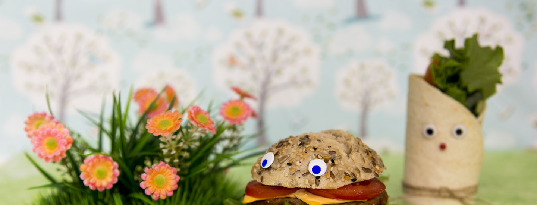 Lasten makusatu: Mehevien eväsleipien piknik