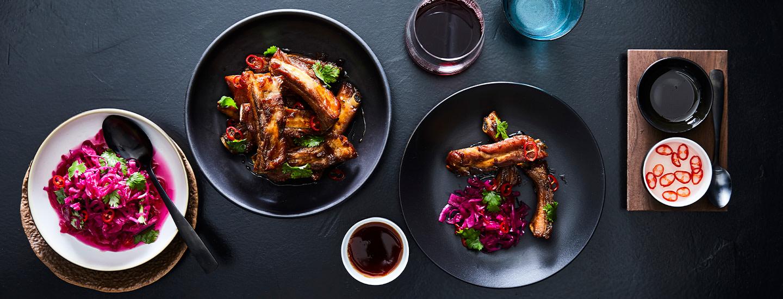 Jim Lim by Farang tuo huippuravintolan keittiön kotiin – mukana myös legendaarinen karamellipossu!