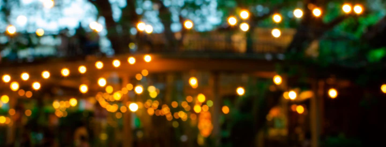 Kaunis lyhty tuo valoa syksyyn ja talveen