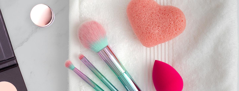 Iberon vinkit kestävään meikkipohjaan