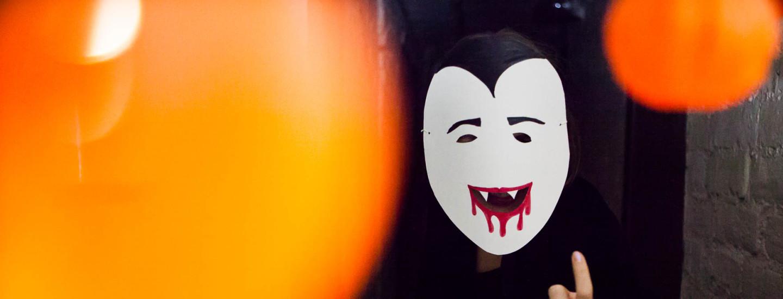Halloween-asut lapsille ja aikuisille