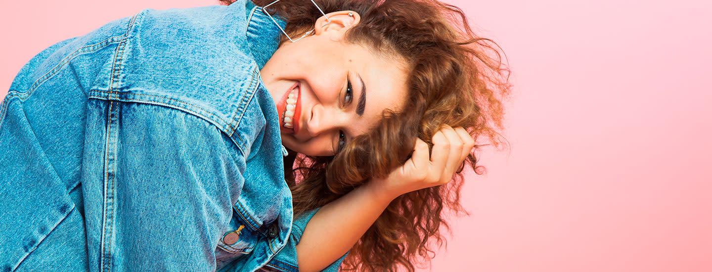 Curly girl -metodi - parhaat tuotteet kiharoille marketista