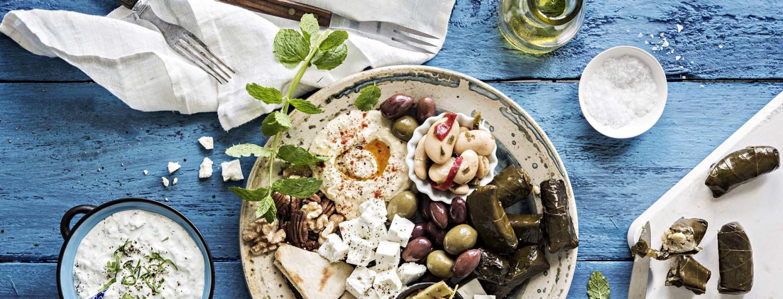 Feta ja oliivit kruunaavat kreikkalaisen keittiön