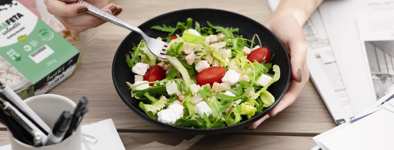 Hetki-salaatteja tasapainoiseen ruokavalioon