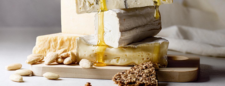 Näin kokoat juustotarjottimen