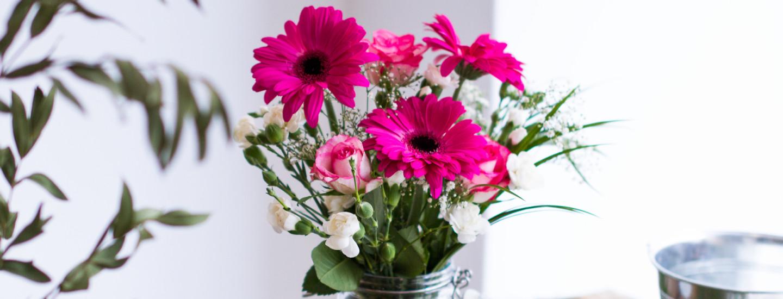Tee itse juhlien kaunein kukkakimppu