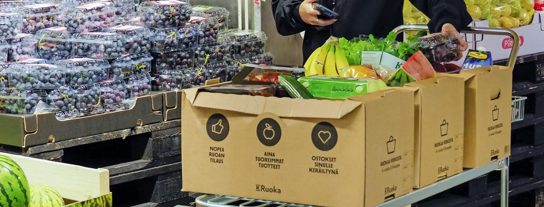 Vaivattomuutta hakeva ruoanlaittaja tulevaisuuden kaupassa