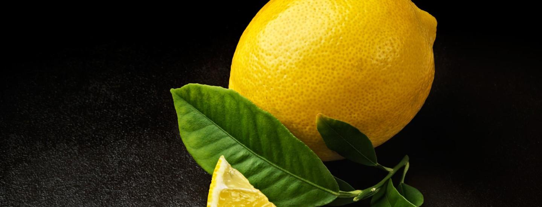 Sitruunasta raikasta kirpeyttä
