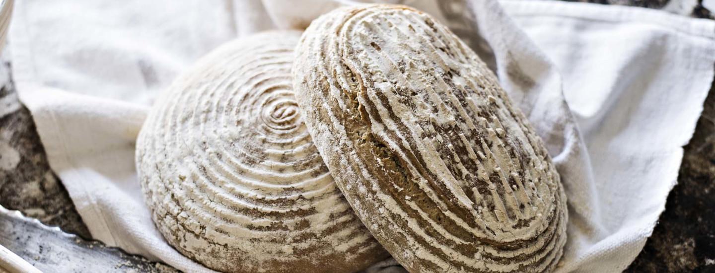 Tuorehiiva ja kuivahiiva leivonnassa