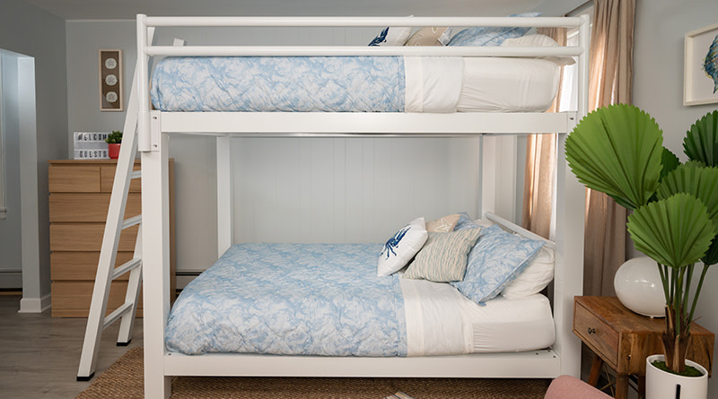 Vacation White Bunk Bed Side Angle - 800x445%
