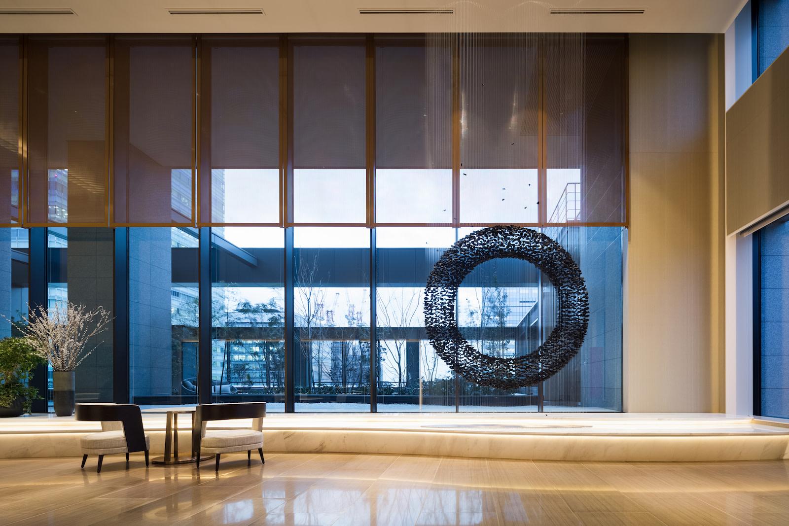 SR Japan Tokyo Asc Marunouchi Lobby Art-HR アスコット丸の内東京 | Workations(ワーケーションズ)