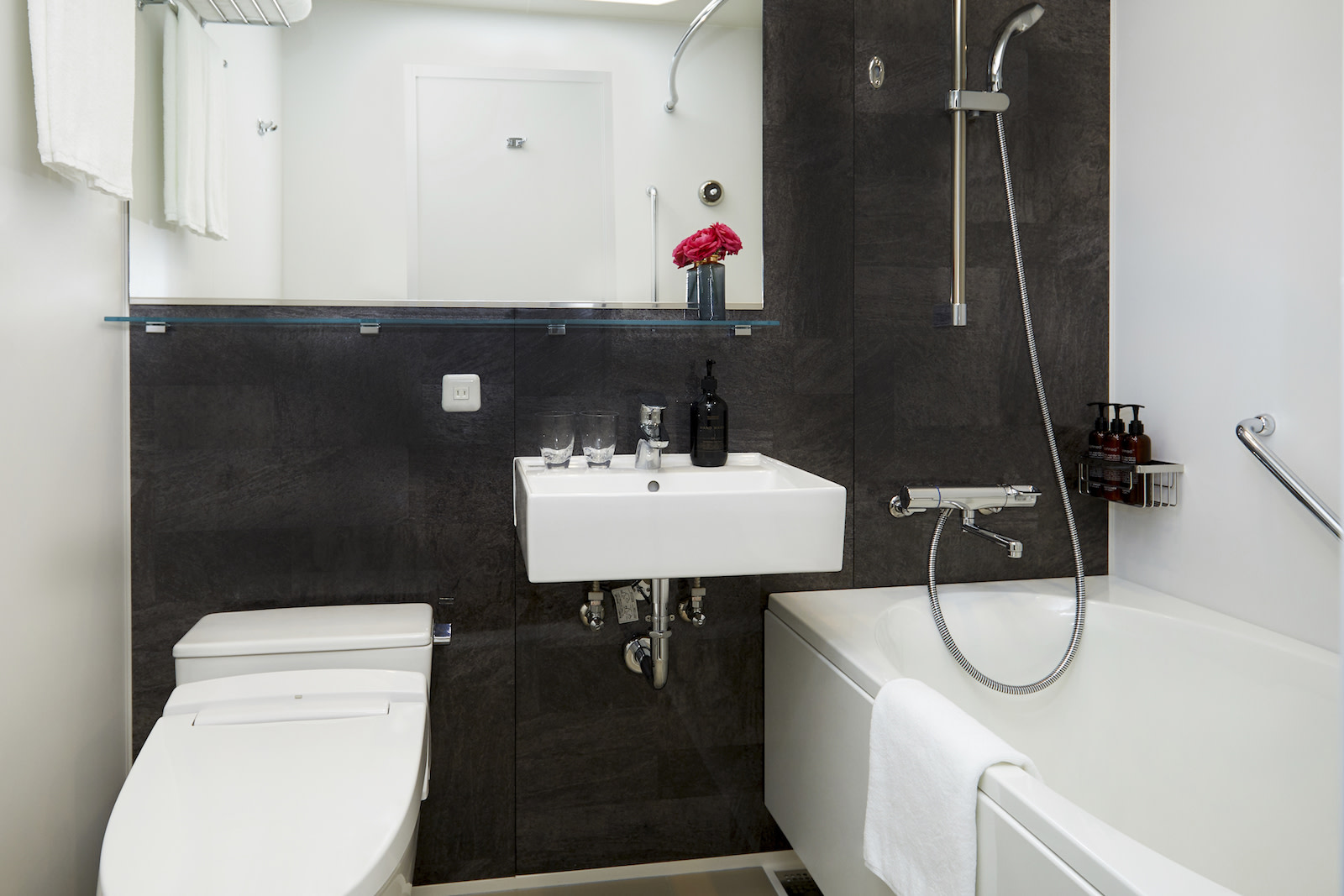 シタディーンなんば大阪 bathroom | Workations(ワーケーションズ)