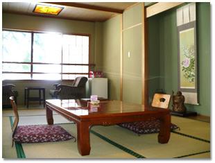 ホテル岩戸屋ー和室 | Workations(ワーケーションズ)
