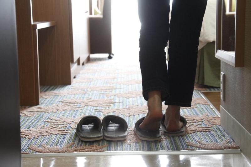 客室内は靴を脱ぐ | Workations(ワーケーションズ)