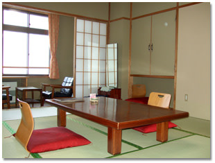 ホテル岩戸屋ー和室2 | Workations(ワーケーションズ)