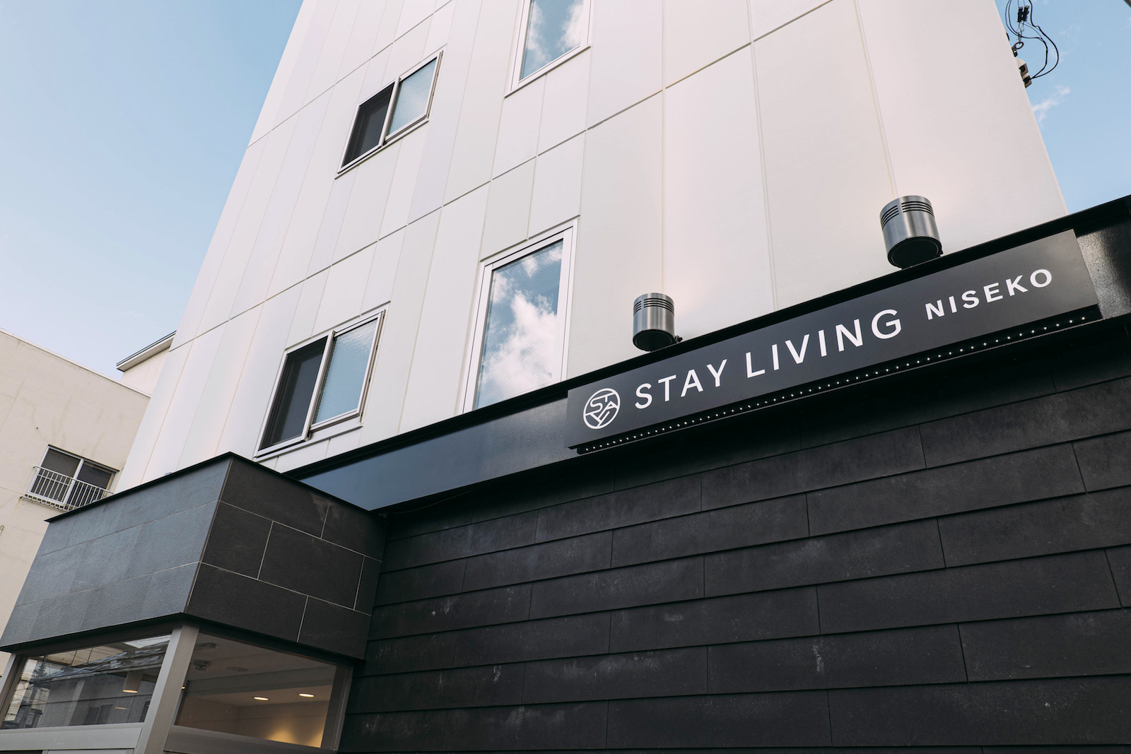 STAY LIVING 003 | Workations(ワーケーションズ)