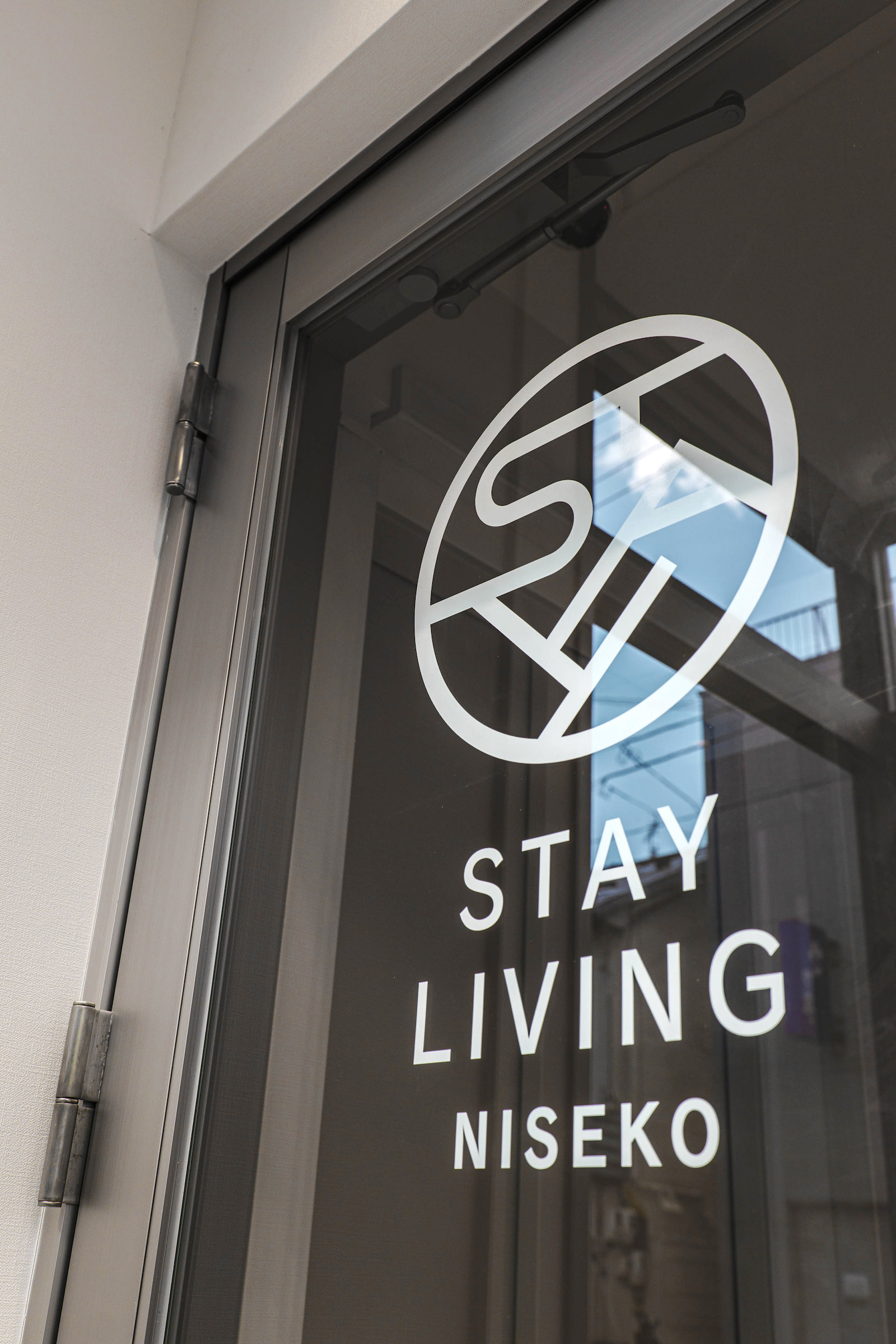 STAY LIVING 007 | Workations(ワーケーションズ)