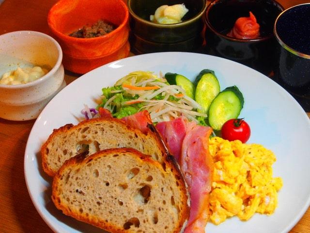 朝食(要予約):南アルプス36~アウトドアの宿 Od-inn~ | Workations(ワーケーションズ)