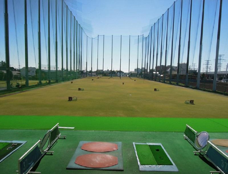 大城ゴルフ練習場フェアウェイ