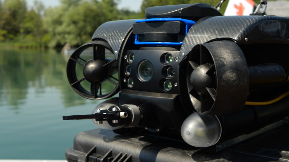 Deep Trekker Revolution ROV with NAV Package