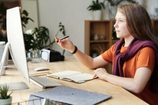 2020-12-07 - Alat PDF Interaksi Antara Guru Dan Murid – Julia M Cameron