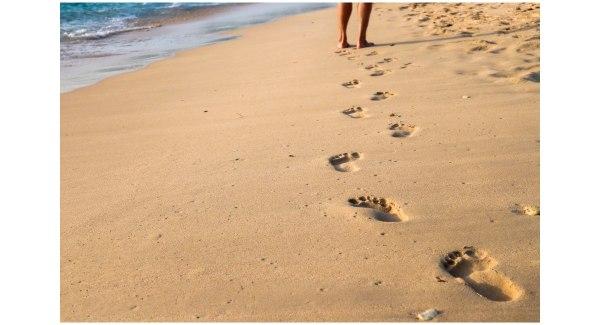 2020-07-30 - Bagaimana Agar Tetap Fokus Pada Pekerjaan Di Tahun 2020 - Berjalan Di Pantai