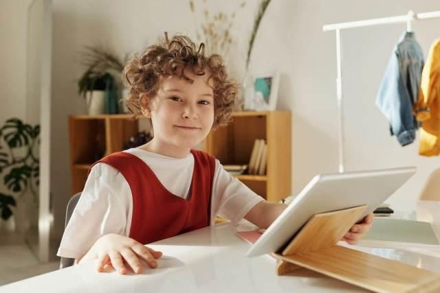 2020 12 01 hardware para la educacion a distancia