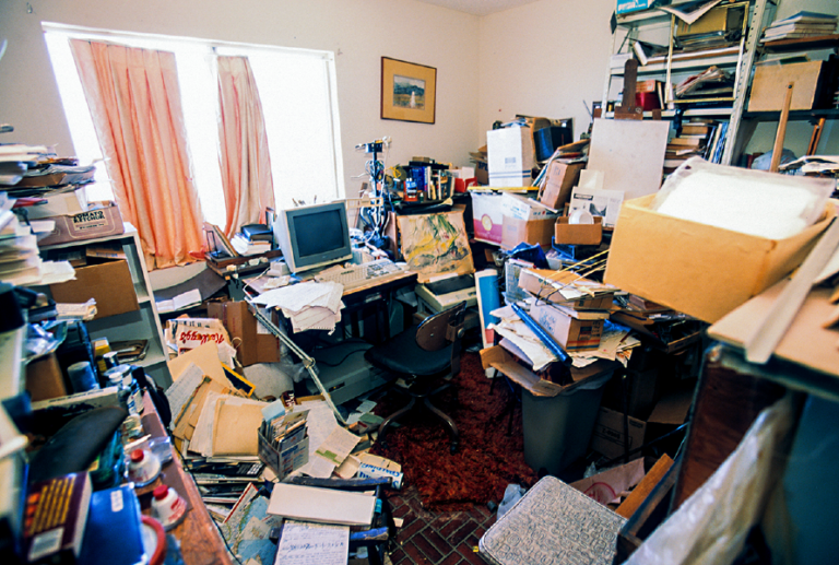 hoarder-home-office