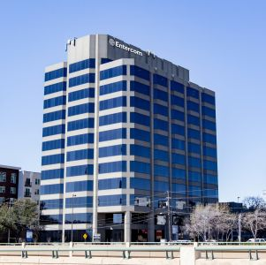 Exterior of commercial building with meeting rooms in Dallas, Texas