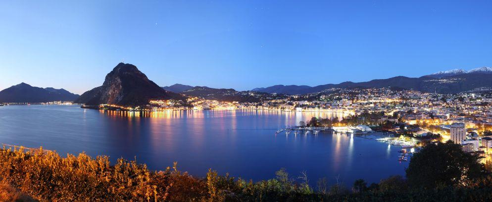 Lugano mit Monte San Salvatore