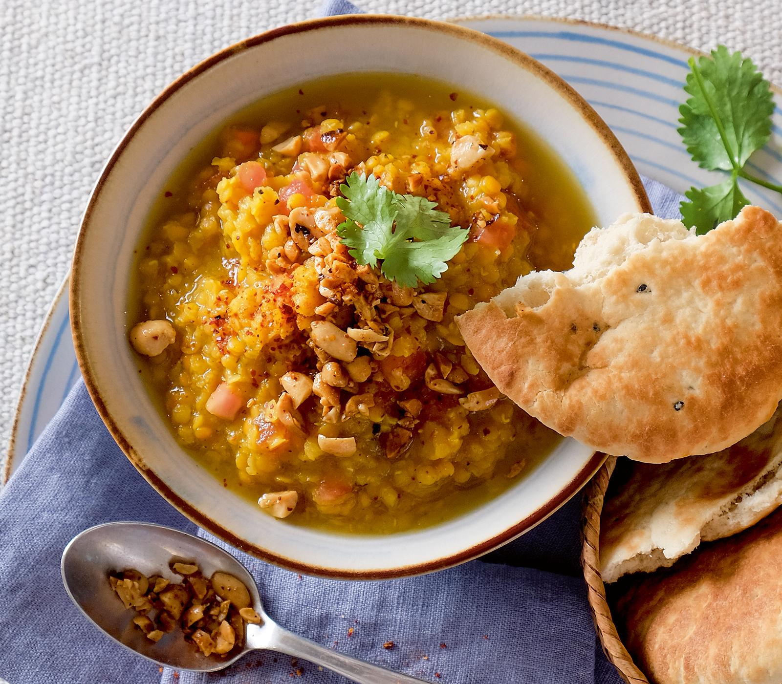 Indisches Dal mit Chili-Erdnüssen - Annemarie Wildeisen's KOCHEN