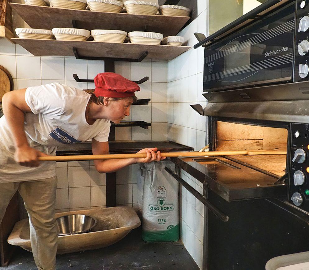 In der Ökobackstube, unweit der Krämerbrücke gibt es das beste Brot der Stadt.