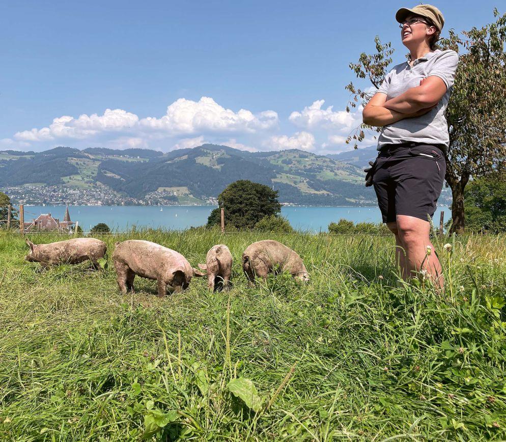 Die Tiere von Produzentin Sandra Gertsch wachsen in paradiesischen Verhältnissen im Freiland auf.