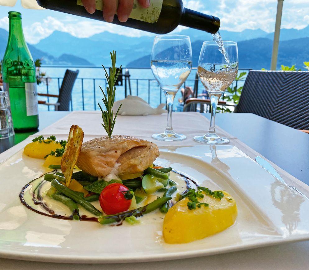 Fangfrischer Fisch vor grandioser Kulisse: Das Restaurant «Zee» ist eine der besten Adressen für Fischliebhaber.