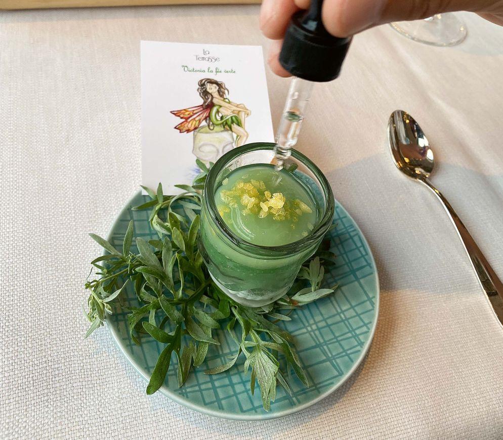 Absinth-Kräuter-Erfrischung im «La Terrasse»