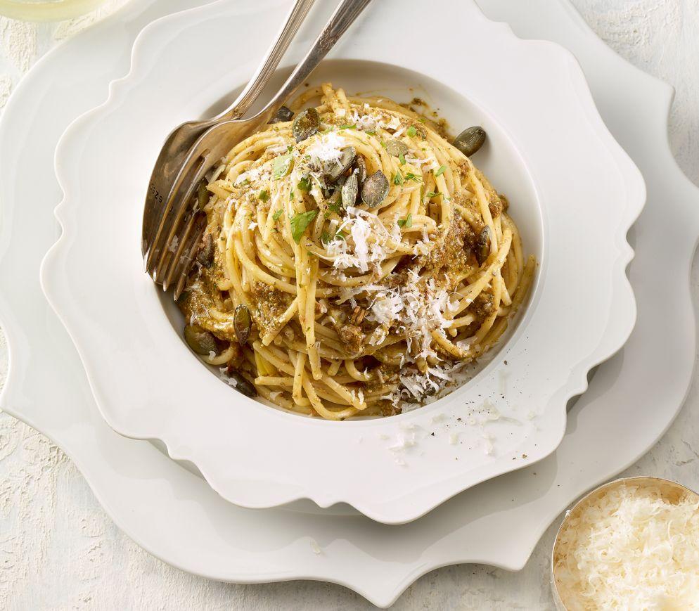"""<a href=""""https://www.wildeisen.ch/rezepte/spaghetti-mit-kuerbiskernpesto"""" target=""""_blank"""">Spaghetti mit Kürbiskernpesto</a>"""