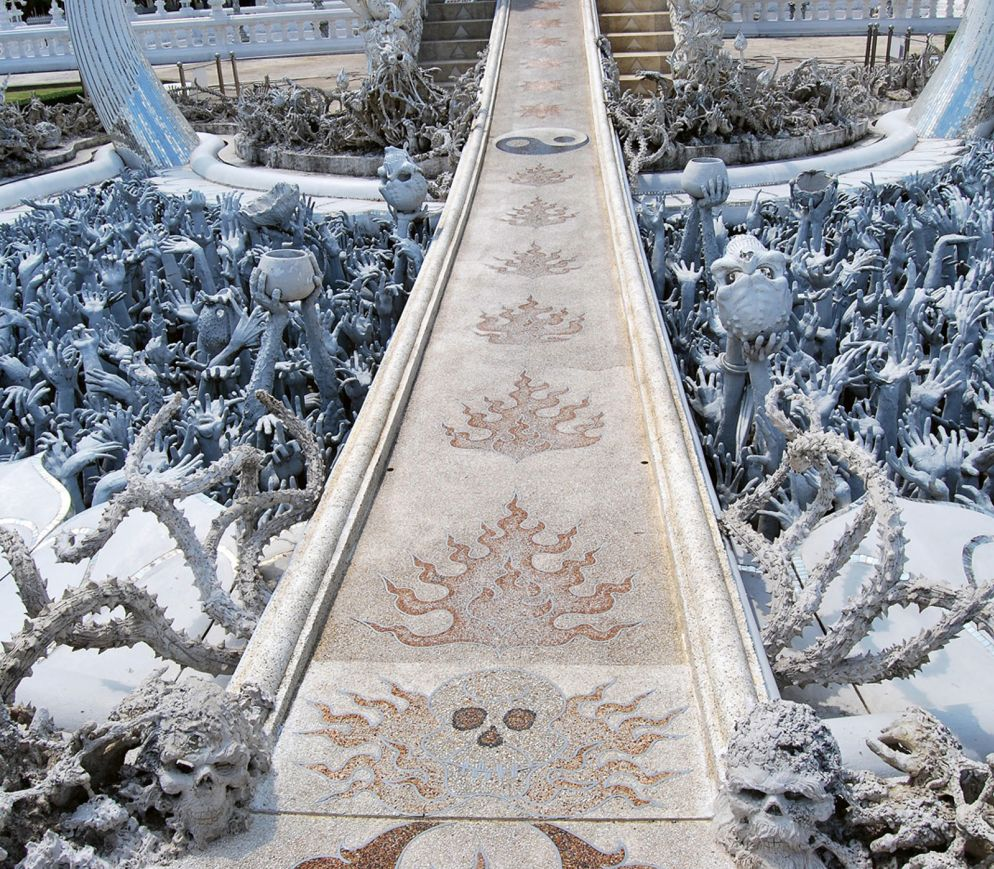 Das Meer der Verdammten: Der Weisse Tempel steckt voller makaberer Details.
