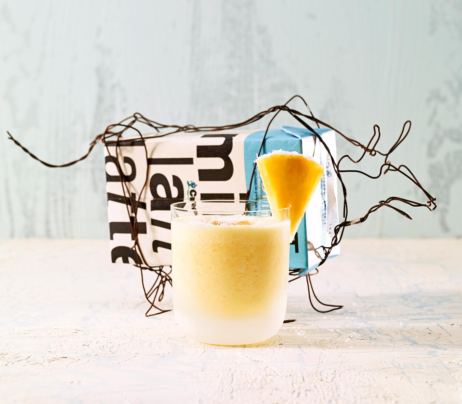 buttermilch ananas shake annemarie wildeisen 39 s kochen. Black Bedroom Furniture Sets. Home Design Ideas