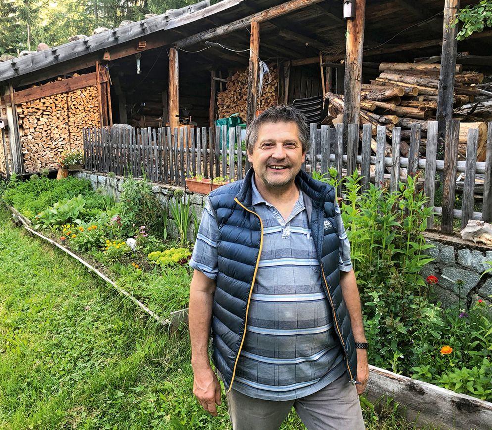 Karl Laimer kocht im Helener Pichl mit Zutaten aus der nahen Umgebung, sehr gerne auch mit Gemüse und vielen verschiedenen Kräutern aus dem eigenen Garten.