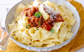 Pilz-«Bolognese» mit Pappardelle