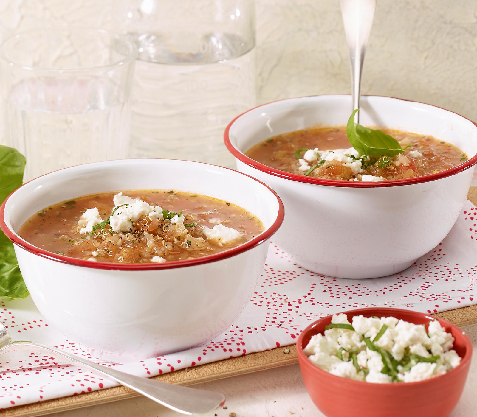 tomatensuppe mit kr utern und quinoa annemarie wildeisen 39 s kochen. Black Bedroom Furniture Sets. Home Design Ideas