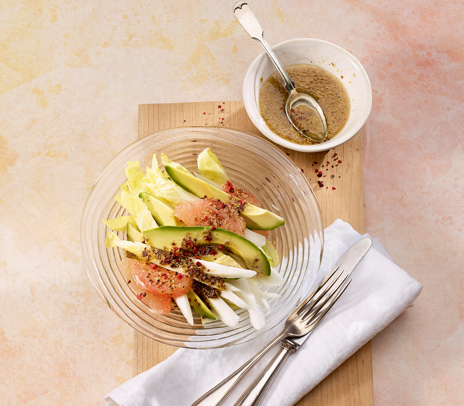 chicor e grapefruit salat mit avocado annemarie wildeisen 39 s kochen. Black Bedroom Furniture Sets. Home Design Ideas