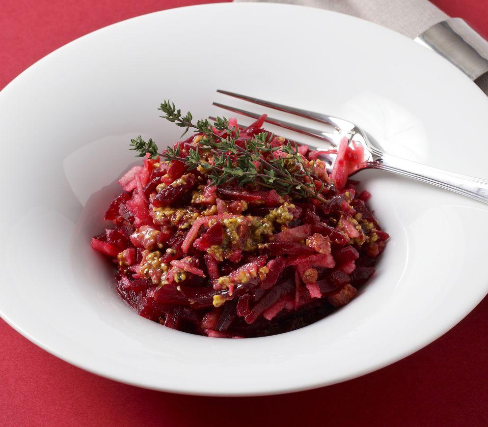 "<a href=""https://www.wildeisen.ch/rezepte/randen-apfel-salat"" target=""_blank"">Randen-Apfel-Salat</a>"