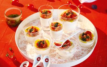 Weisses Tomaten-Mousse im Glas