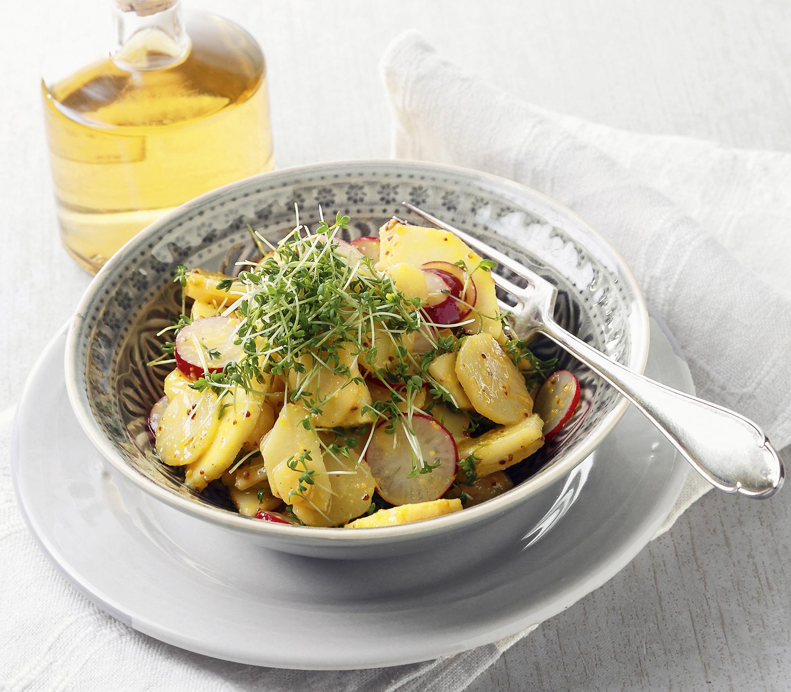 pastinaken salat mit pfeln annemarie wildeisen 39 s kochen. Black Bedroom Furniture Sets. Home Design Ideas