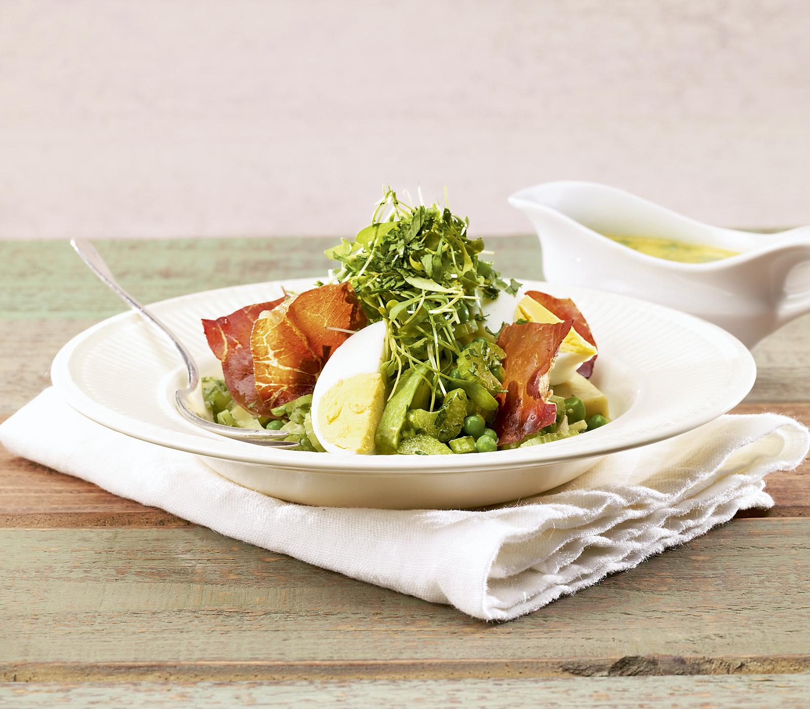 avocado erbsen salat mit rohschinken chips annemarie wildeisen 39 s kochen. Black Bedroom Furniture Sets. Home Design Ideas