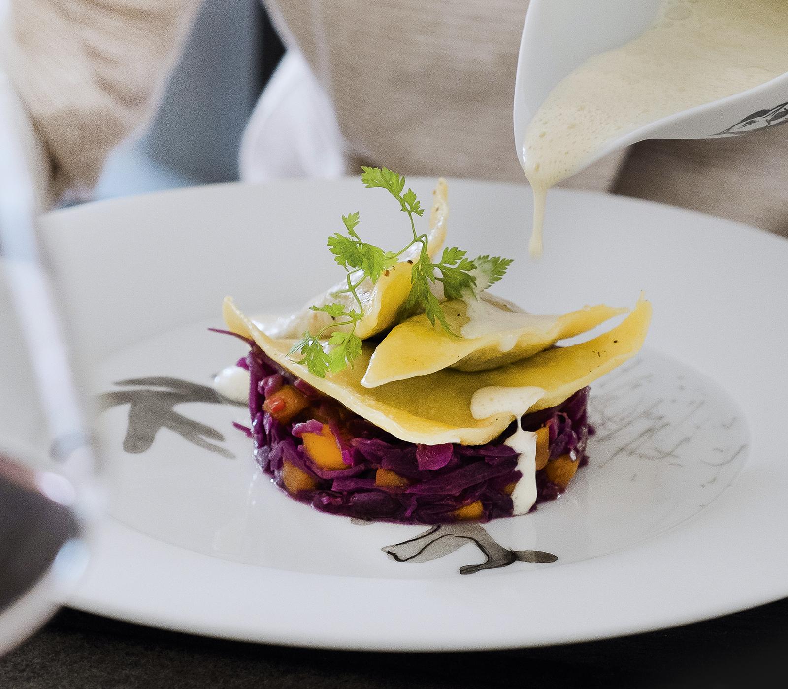 wildravioli auf mango rotkabis annemarie wildeisen 39 s kochen. Black Bedroom Furniture Sets. Home Design Ideas
