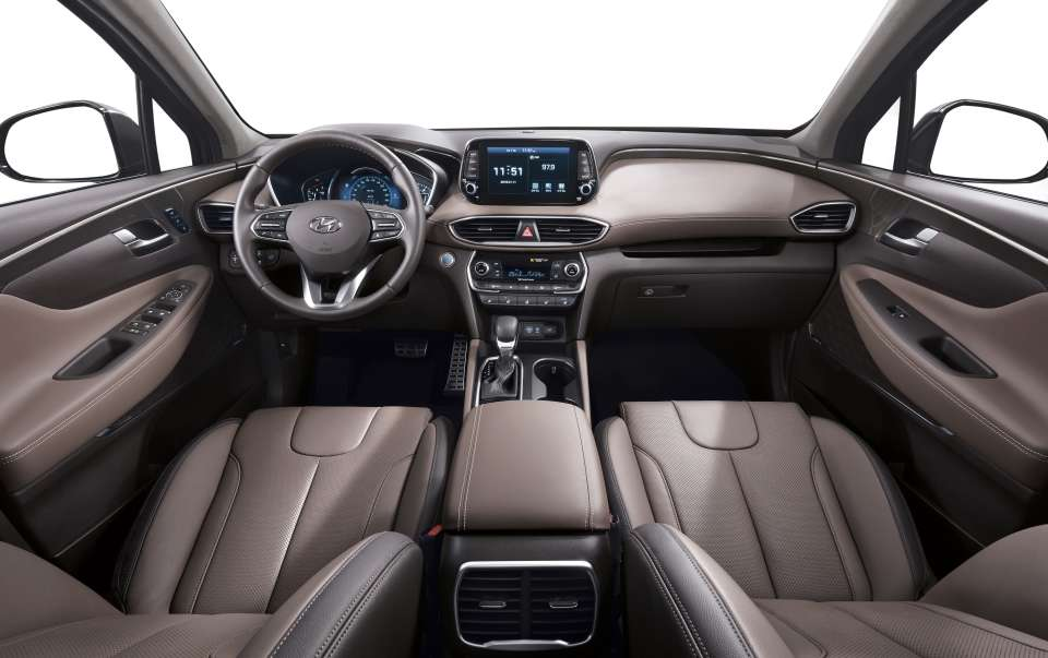 New Generation Hyundai Santa Fe Interior (2)